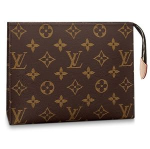 ❤Brands New Lv Toiletry Pouch 19❤